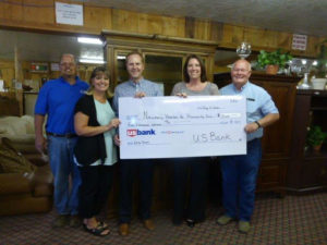 USBANKS gives gift to Habitat 003 A